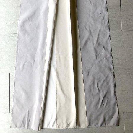 三色切り替えデザイン カーテンのサンプル