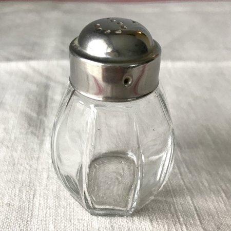 ガラスのコロンとした調味料入れB ブロカント ドイツ製
