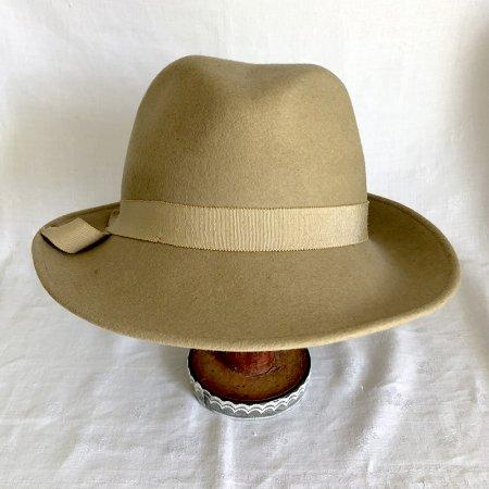 婦人帽 ベージュ中折れフェルト帽 グログランリボン