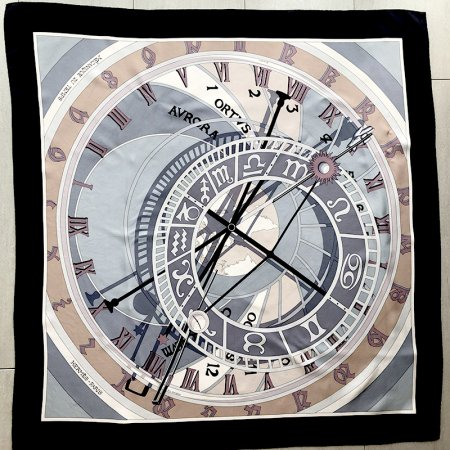 スカーフ エルメス HERMES カレ90  Mecanique du Temps