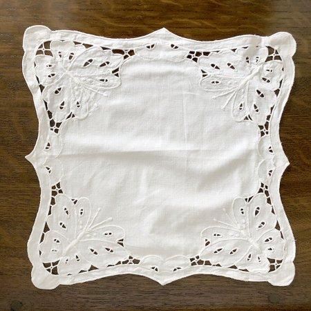 テーブルセンター  スクエア 白糸刺繍 フランス