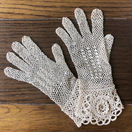 フランス レース  レース手袋  ベージュ (Mサイズ)