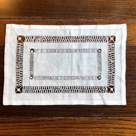 テーブルセンター ドローンワーク刺繍