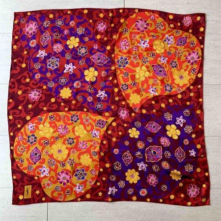 イヴ・サン・ローラン スカーフ エキゾチックなお花柄 シルクスカーフ  フランス