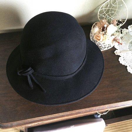 シンプルなフェルト製の帽子(ブラック)