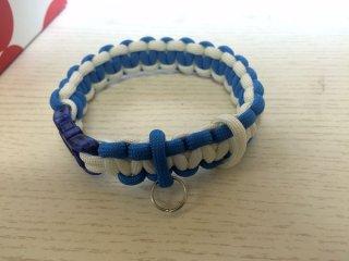 パラコード製首輪「白×青」