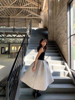クルーネックバルーンドレス