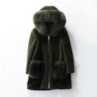 <img class='new_mark_img1' src='//img.shop-pro.jp/img/new/icons14.gif' style='border:none;display:inline;margin:0px;padding:0px;width:auto;' />WOOL BOA GREEN COAT