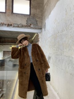 <img class='new_mark_img1' src='//img.shop-pro.jp/img/new/icons34.gif' style='border:none;display:inline;margin:0px;padding:0px;width:auto;' />リバーシブルWOOL BEAR COAT