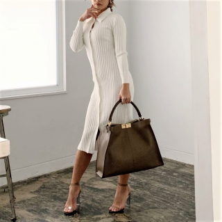 <img class='new_mark_img1' src='https://img.shop-pro.jp/img/new/icons14.gif' style='border:none;display:inline;margin:0px;padding:0px;width:auto;' />COLLAR LONG KNIT DRESS WHITE