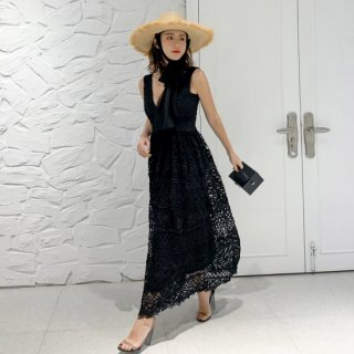 <img class='new_mark_img1' src='https://img.shop-pro.jp/img/new/icons14.gif' style='border:none;display:inline;margin:0px;padding:0px;width:auto;' />レースV DRESS
