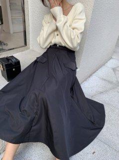 フロントポケットAラインスカート