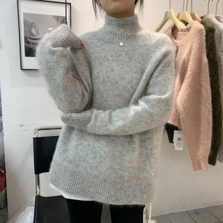<img class='new_mark_img1' src='https://img.shop-pro.jp/img/new/icons14.gif' style='border:none;display:inline;margin:0px;padding:0px;width:auto;' />MOHAIR COLLAR KNIT