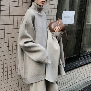 <img class='new_mark_img1' src='https://img.shop-pro.jp/img/new/icons14.gif' style='border:none;display:inline;margin:0px;padding:0px;width:auto;' />PULLOVER KNIT