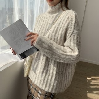 <img class='new_mark_img1' src='https://img.shop-pro.jp/img/new/icons14.gif' style='border:none;display:inline;margin:0px;padding:0px;width:auto;' />ハイネック BASIC KNIT