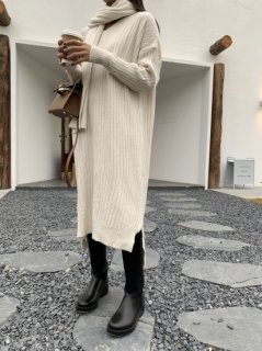 <img class='new_mark_img1' src='https://img.shop-pro.jp/img/new/icons14.gif' style='border:none;display:inline;margin:0px;padding:0px;width:auto;' />KR マフラー KNIT OP