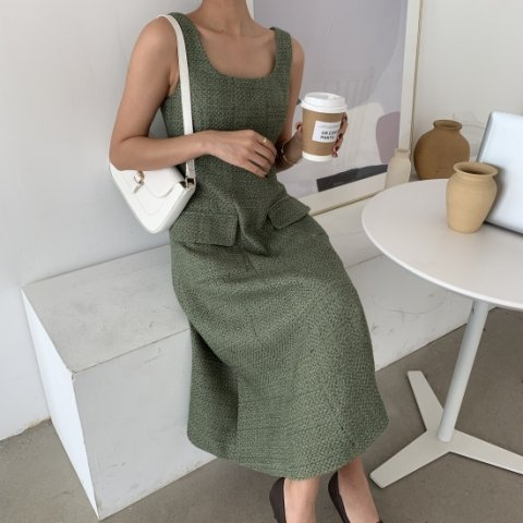 <img class='new_mark_img1' src='https://img.shop-pro.jp/img/new/icons14.gif' style='border:none;display:inline;margin:0px;padding:0px;width:auto;' />AIMY TWEED DRESS