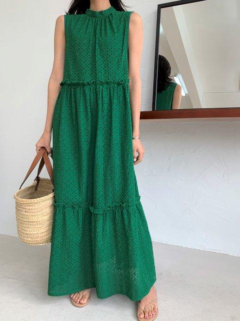 パンチングレースロングドレス