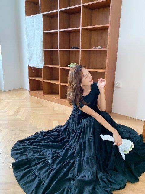 DOLLYティアードドレス