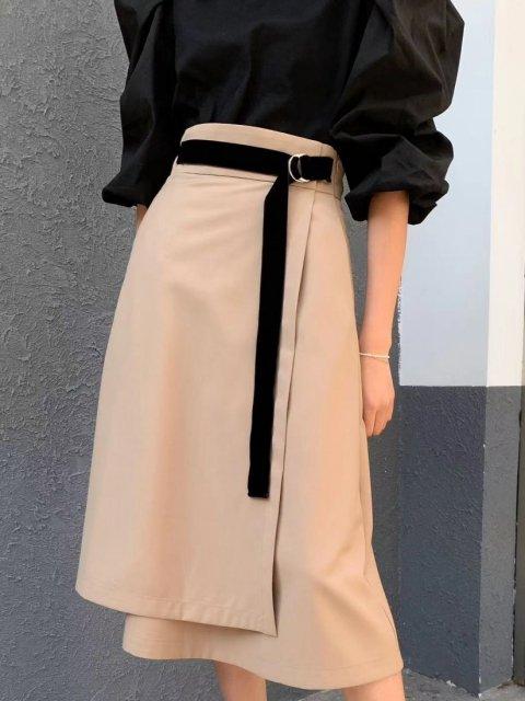ベルト付きラップスカート