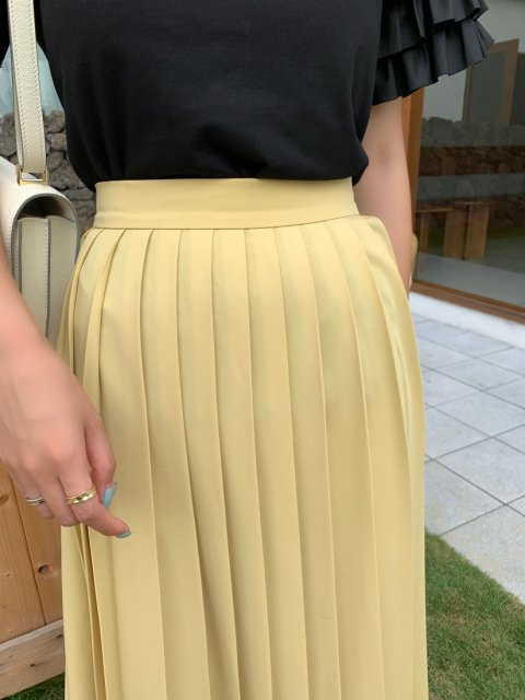 YELLOW プリーツスカート