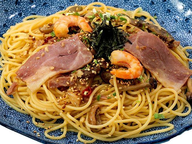 【新商品】 海老ときのこのよくばりスパゲッティー(醤油バター)(1人前)