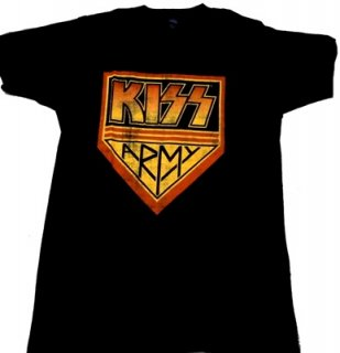 KISS「ARMY」Tシャツ<img class='new_mark_img2' src='//img.shop-pro.jp/img/new/icons11.gif' style='border:none;display:inline;margin:0px;padding:0px;width:auto;' />