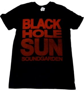 SOUNDGARDEN「BLACK HOLE SUN」Tシャツ<img class='new_mark_img2' src='//img.shop-pro.jp/img/new/icons52.gif' style='border:none;display:inline;margin:0px;padding:0px;width:auto;' />