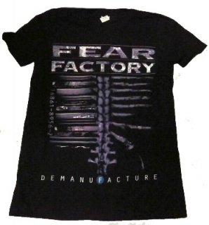 FEAR FACTORY「DEMANIFACTURE」Tシャツ<img class='new_mark_img2' src='//img.shop-pro.jp/img/new/icons52.gif' style='border:none;display:inline;margin:0px;padding:0px;width:auto;' />