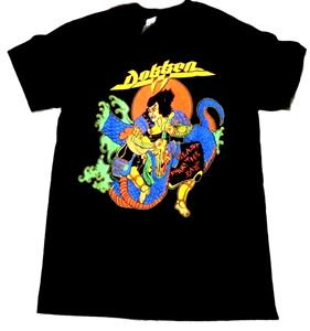 DOKKEN「BEAST FROM THE EAST」Tシャツ<img class='new_mark_img2' src='//img.shop-pro.jp/img/new/icons52.gif' style='border:none;display:inline;margin:0px;padding:0px;width:auto;' />