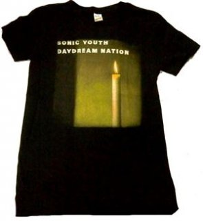 SONIC YOUTH「DAYDREM NATION」Tシャツ<img class='new_mark_img2' src='//img.shop-pro.jp/img/new/icons11.gif' style='border:none;display:inline;margin:0px;padding:0px;width:auto;' />
