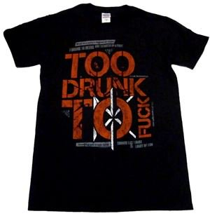 DEAD KENNEDYS「TOO DRUNK TO FUCK」Tシャツ<img class='new_mark_img2' src='//img.shop-pro.jp/img/new/icons11.gif' style='border:none;display:inline;margin:0px;padding:0px;width:auto;' />