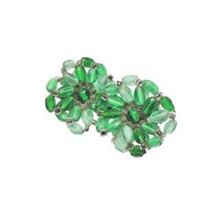 ジャパン・濃淡のグリーンガラスのイヤリング