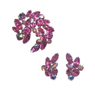 リージェンシー・ピンクラインストーンの華やかなブローチセット