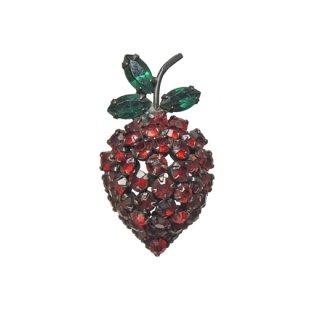 ワーナー・赤い苺の立体的なブローチ