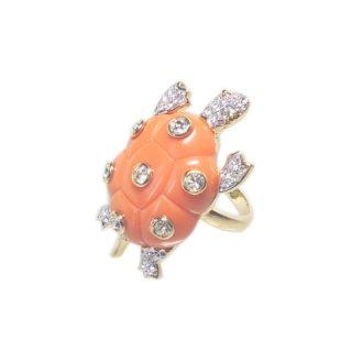 ケネスジェイレーン・ラインストーンが煌く珊瑚色の亀のリング