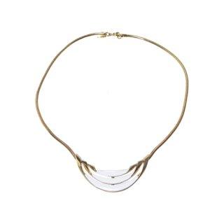 トリファリ・ホワイト&ゴールドのネックレス