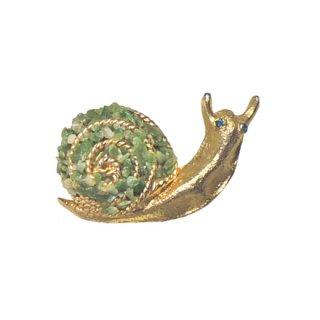 B.S.K・天然石で飾られたカタツムリのブローチ