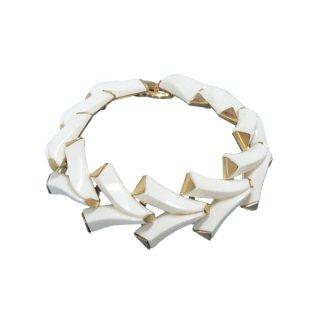 トリファリ・シンプルモダンなホワイトブレスレット