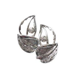 サラコヴェントリー・透かし模様の銀色リーフイヤリング