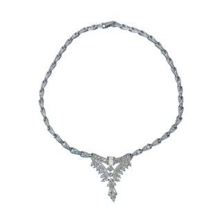オラ・ラインストーンが煌く美しいネックレス
