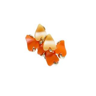 クローデット・ラブリーなオレンジハートのイヤリング