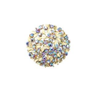 シャレル・ベージュのリーフと美しく煌くラインストーンのブローチ