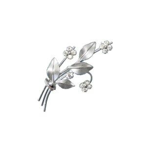 クレメンツ・ラインストーンのお花の清楚なブローチ