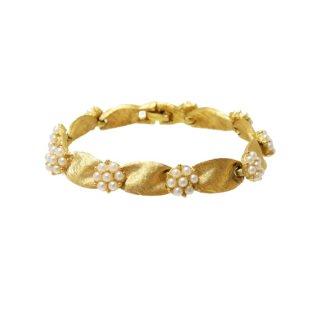 トリファリ・パールのお花と金色リボンの上品なブレスレット