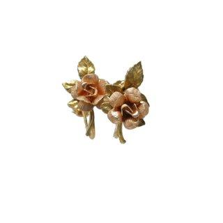 クレメンツ・小さな薔薇とリーフのイヤリング