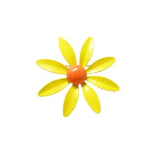 ヴィタミンカラーの黄色いお花のブローチ