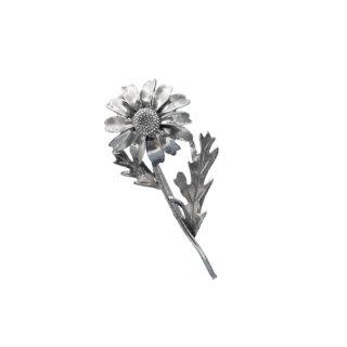 サラコヴェントリー・デイジーの銀製ブローチ