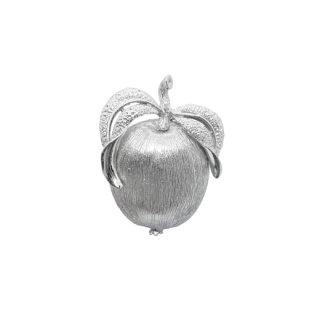 サラコヴェントリー・銀色の林檎のブローチ