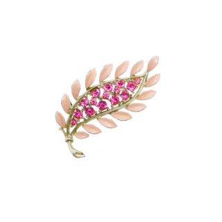 リスナー・お洒落なピンク色リーフモチーフのブローチ
